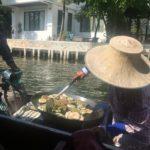 Bateau-food sur les klongs, Bangkok, Thaïlande