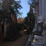 Shwe In Dein Pagoda, Inlé, Myanmar