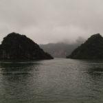 Ha Long dans la brume, Ha Long, Vietnam