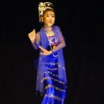 Danses birmanes, théâtre Mintha, Mandalay, Myanmar