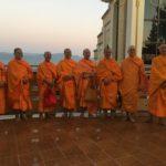 Moines sur la colline, Mandalay, Myanmar