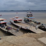 Ferrys sur le Mékong, Phnom Penh, Cambodge