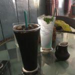 Café glacé et mint cooler, Kampot, Cambodge