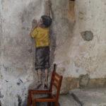 Boy on a chair, Georgetown, Malaisie